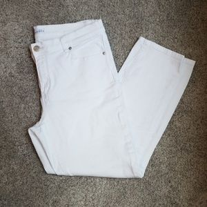 LOFT Jeans - Like new condition skinny crop